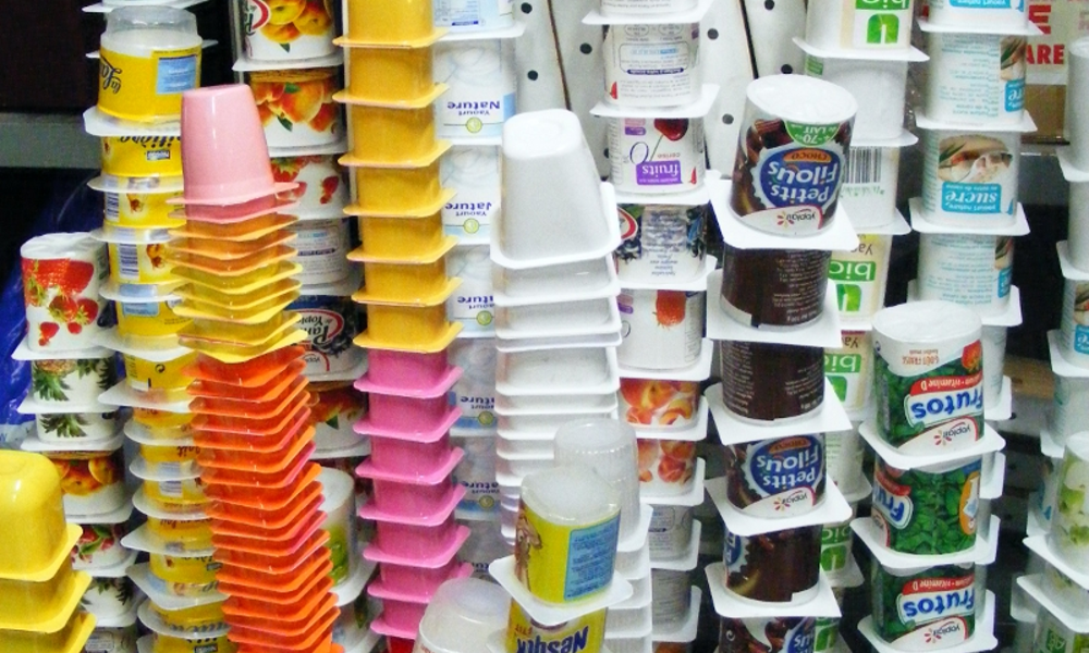 Recyclage : que devient votre pot de yaourt une fois jeté ?