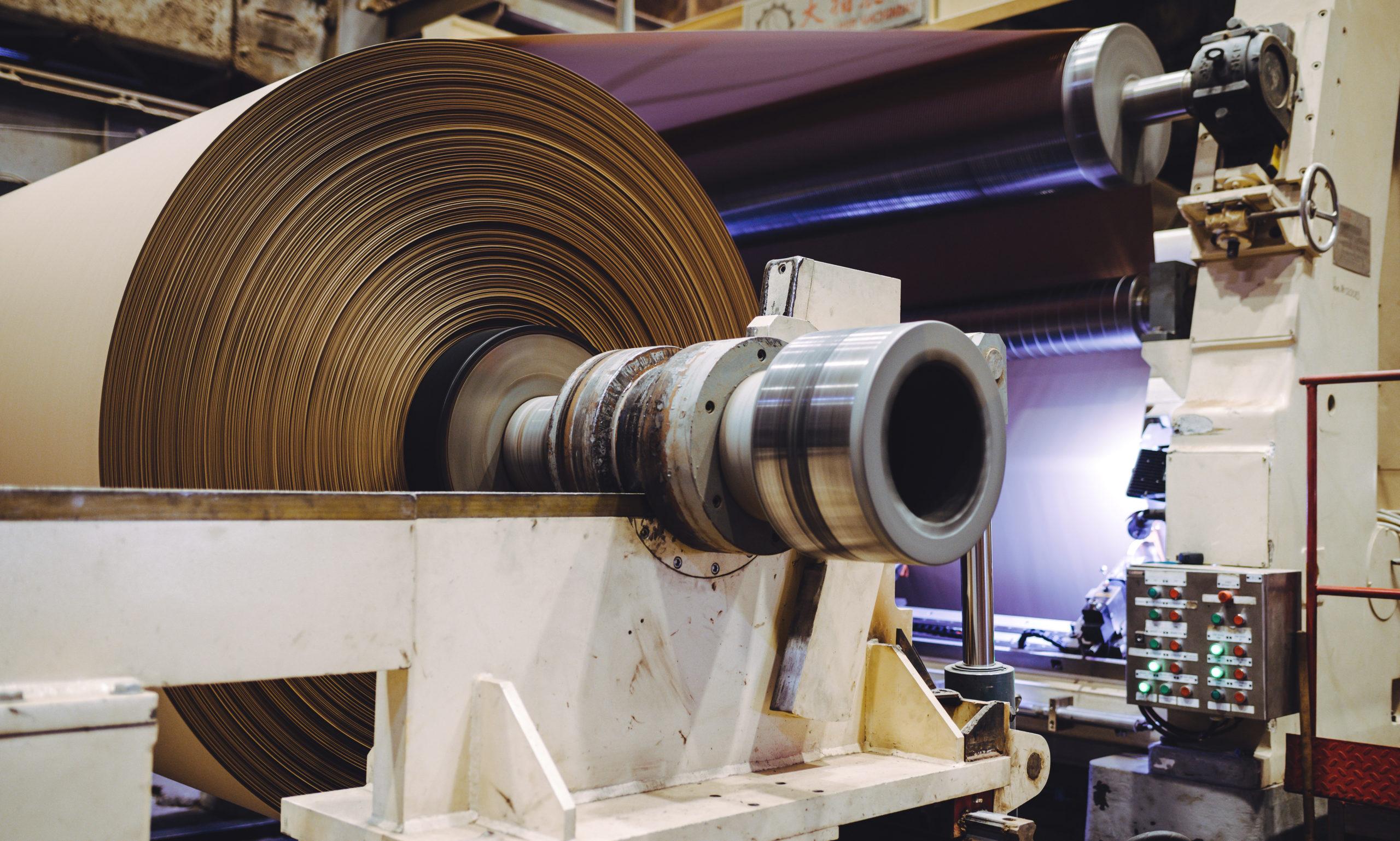 """La dernière usine de recyclage de papier en France bientôt fermée : """"C'est du gâchis industriel !"""""""